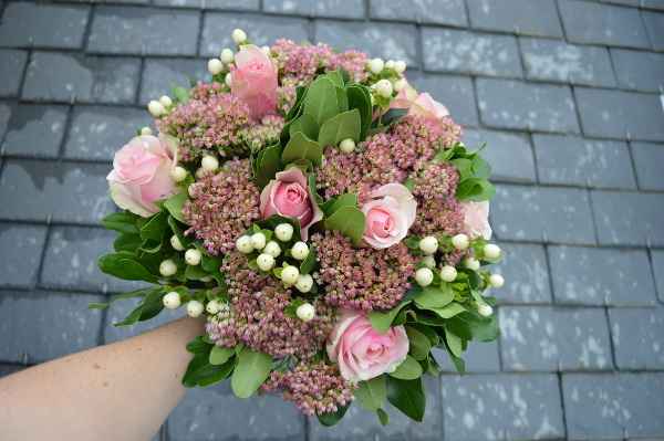 Bouquet de fleurs fait en atelier